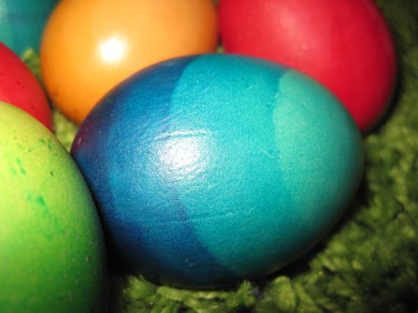Ostereier mit Farbverlauf