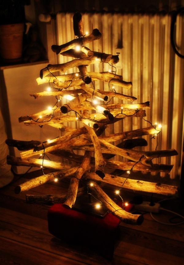 DIY: Weihnachtsbaum aus Ästen