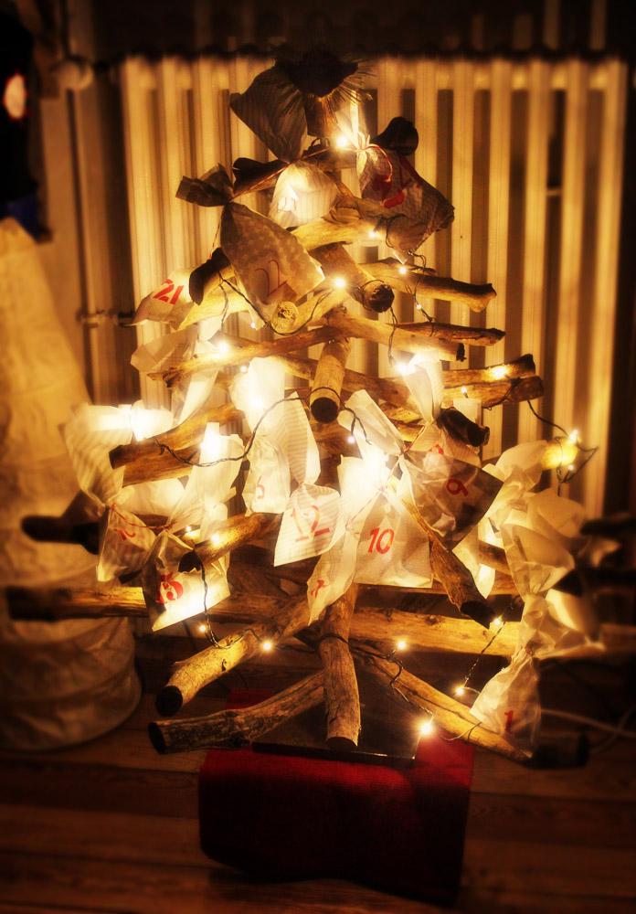 diy weihnachtsbaum aus sten. Black Bedroom Furniture Sets. Home Design Ideas